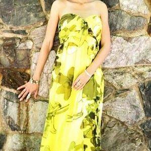 Strapless Yellow, flowy Maxi Dress